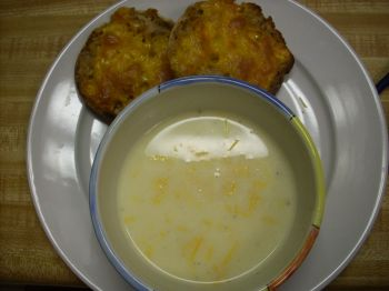 Had the soup with Thomas' light english muffin with melted cheese