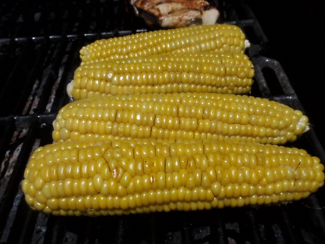 I did the corn on the grill too - love the flavor!
