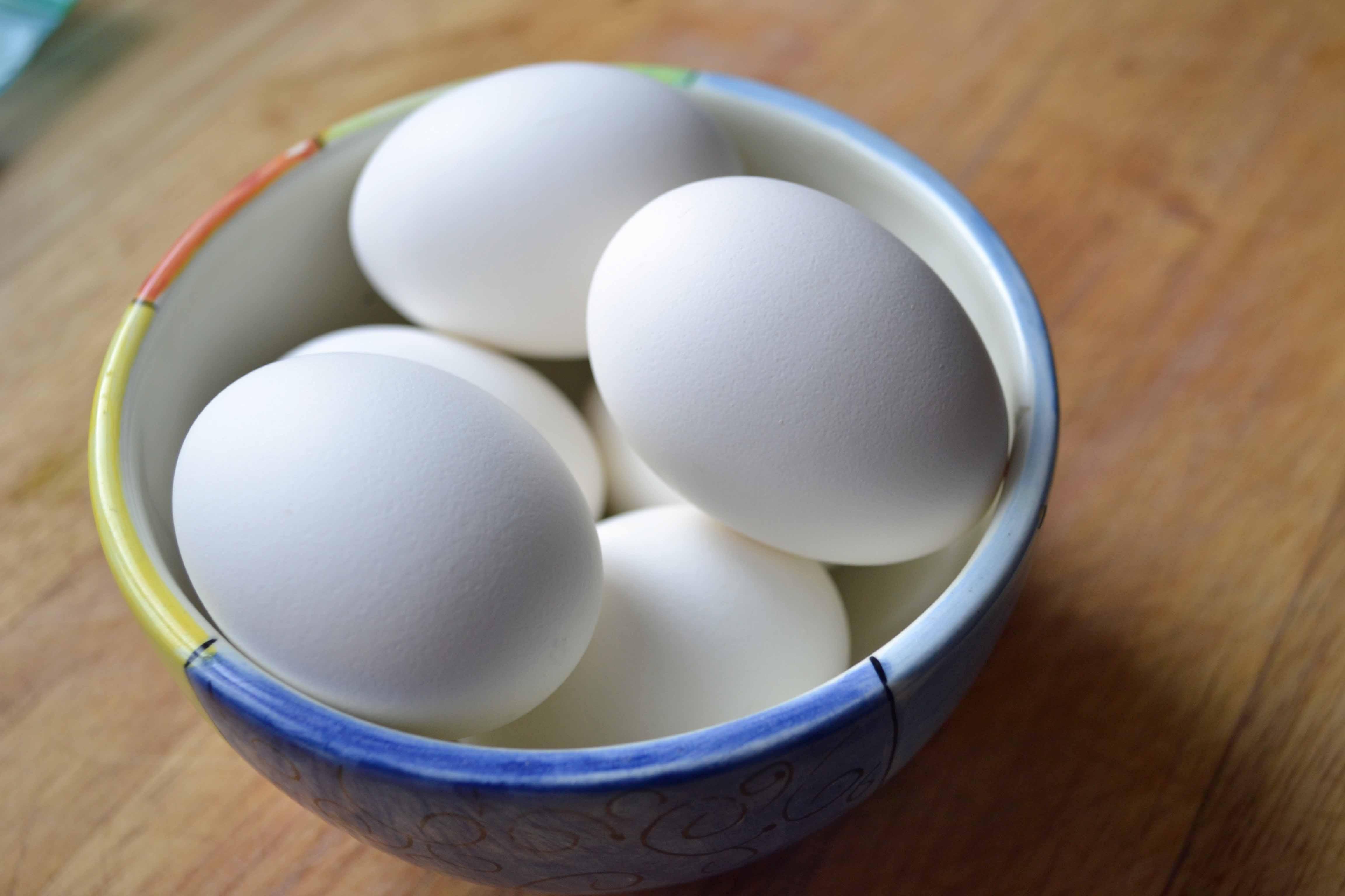the perfect hard boiled egg  u2013 my bizzy kitchen