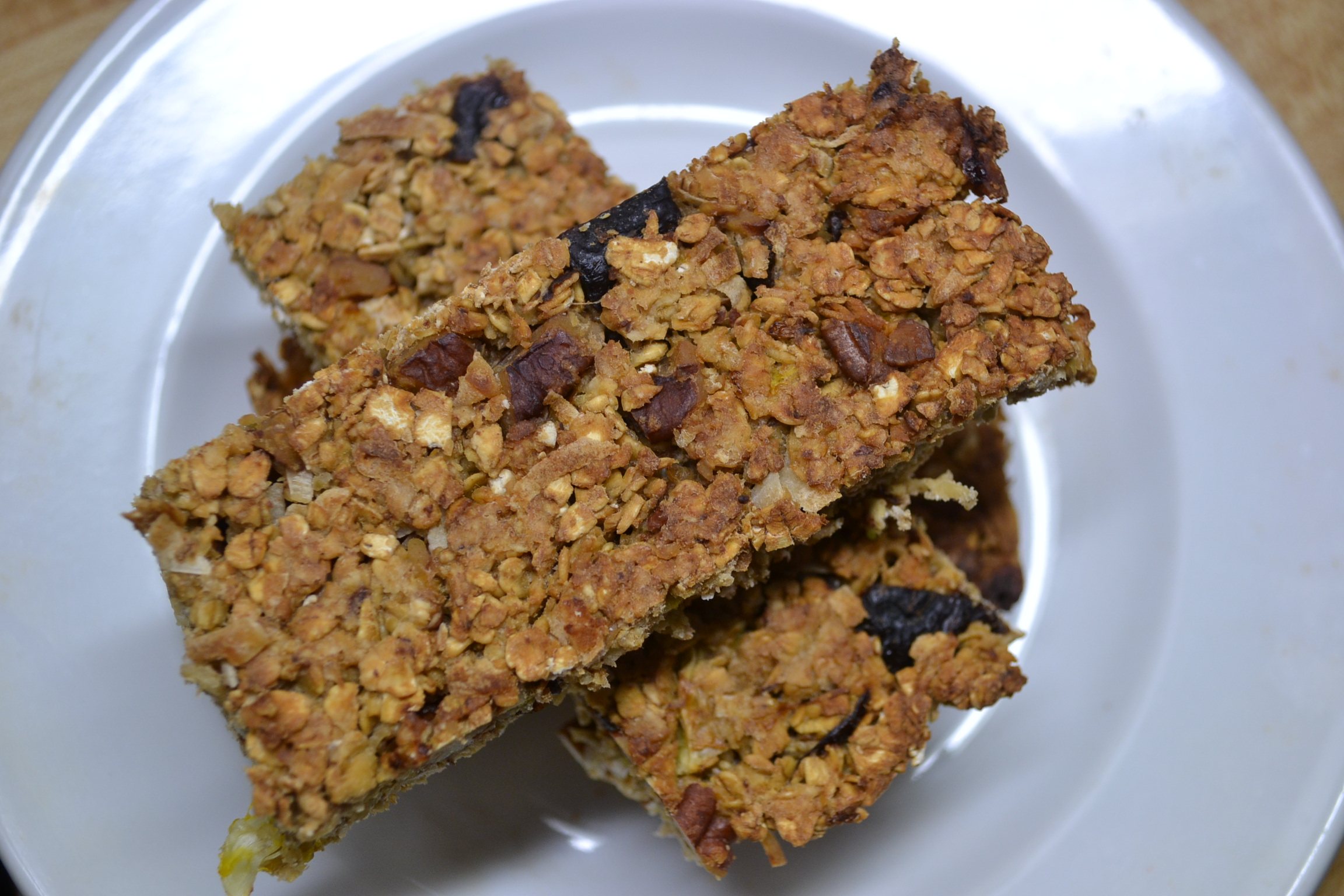 Orange Pecan Granola Bars | My Bizzy Kitchen
